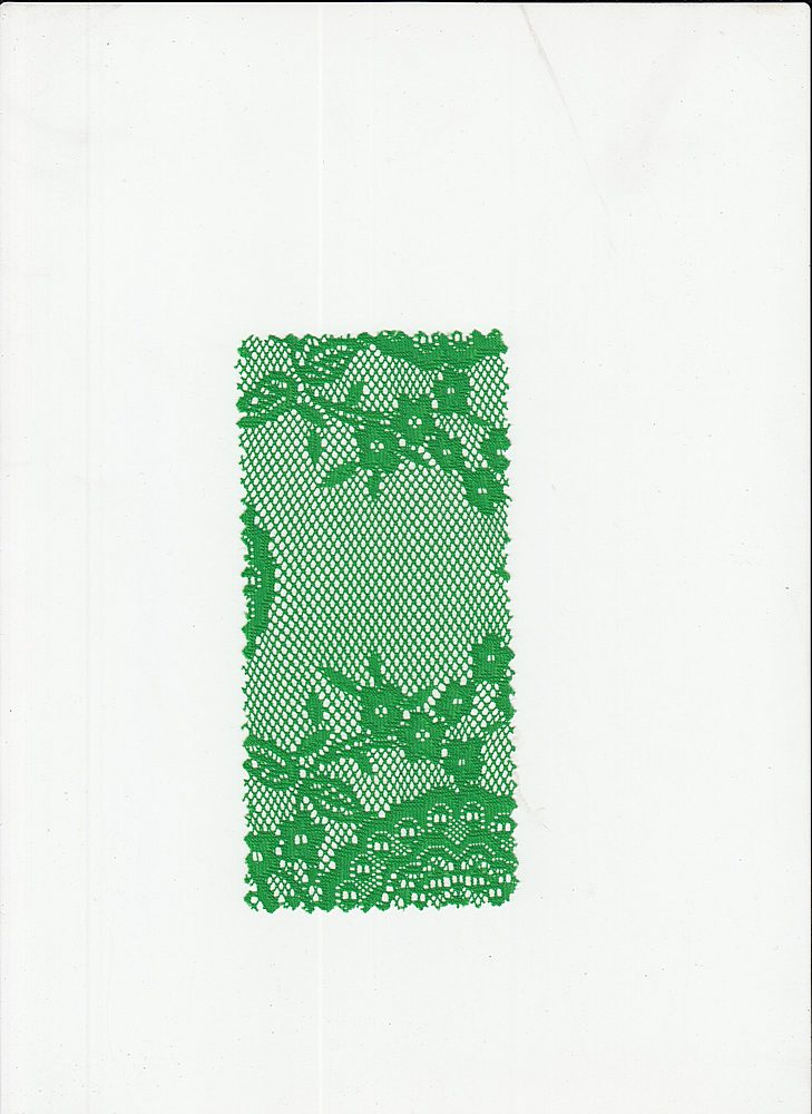 LACE DOILY / KELLYGREEN