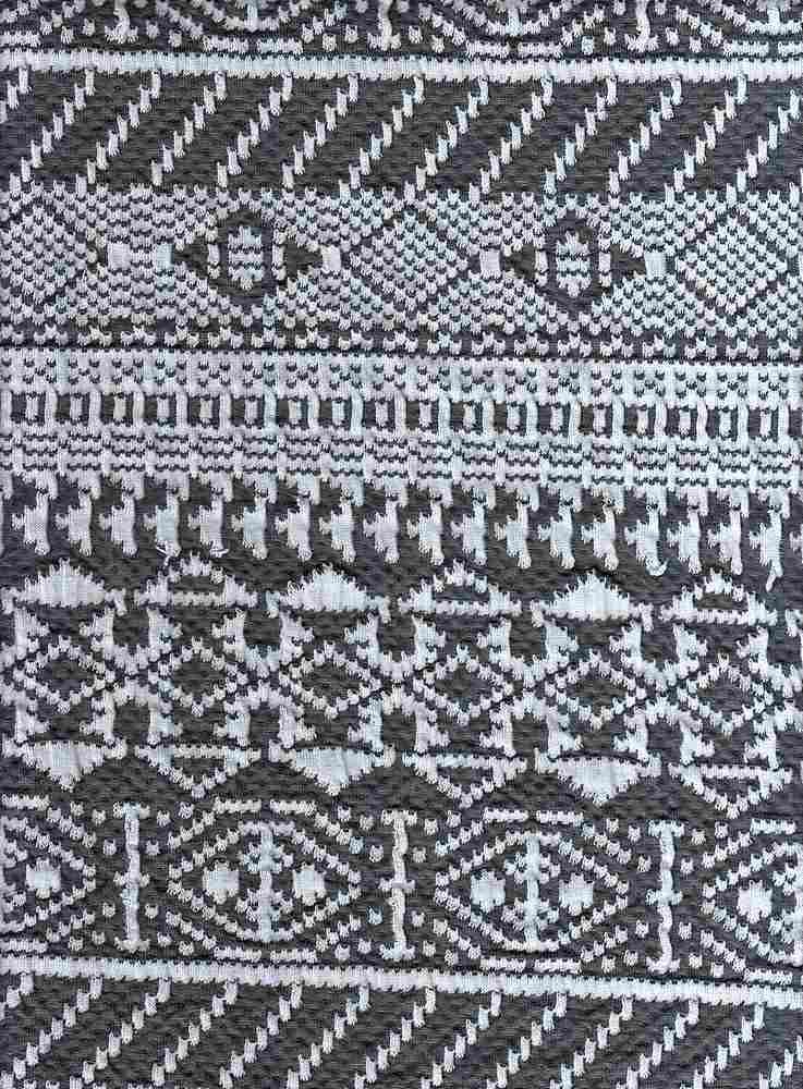 17043 / GRAY/WHITE / DOUBLE KNIT AZTEC
